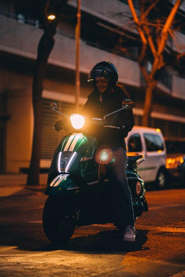 django-26-racing-green-barcelona9F3F72DA-C003-DEBE-0BC1-BD405B2B942A.jpg